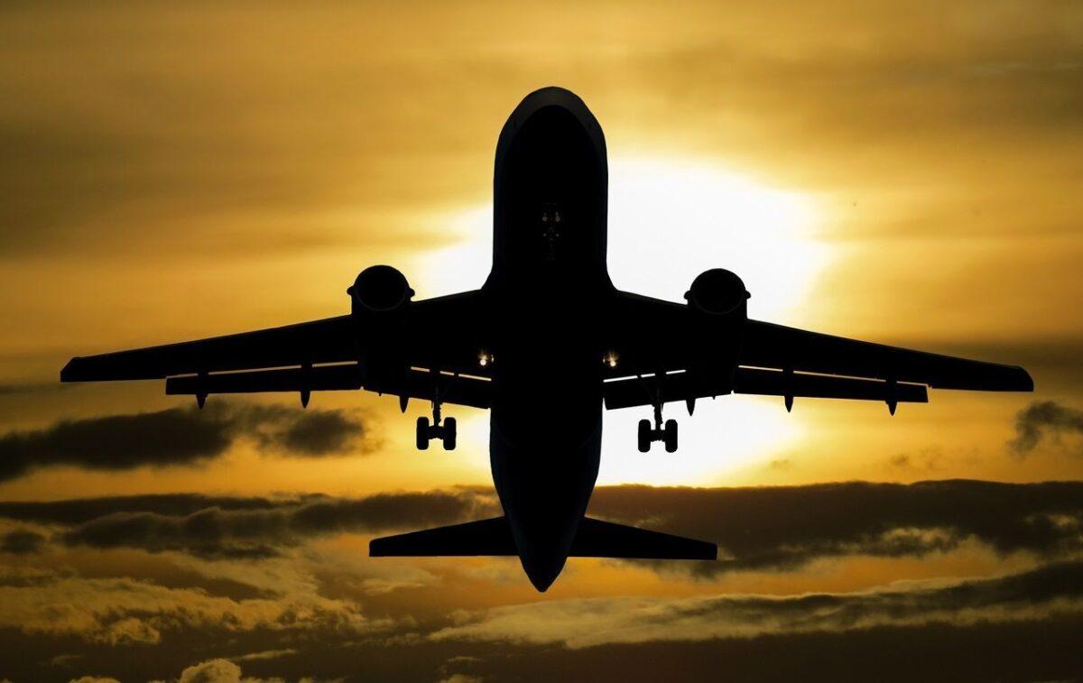 Luchtvaartnota milieuorganisaties toont aan: krimp luchtvaart onvermijdelijk