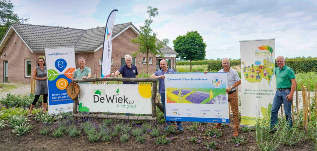Ondertekening partnerschap Zonneweide 't Veen in Griendtsveen met Energietuinen NL